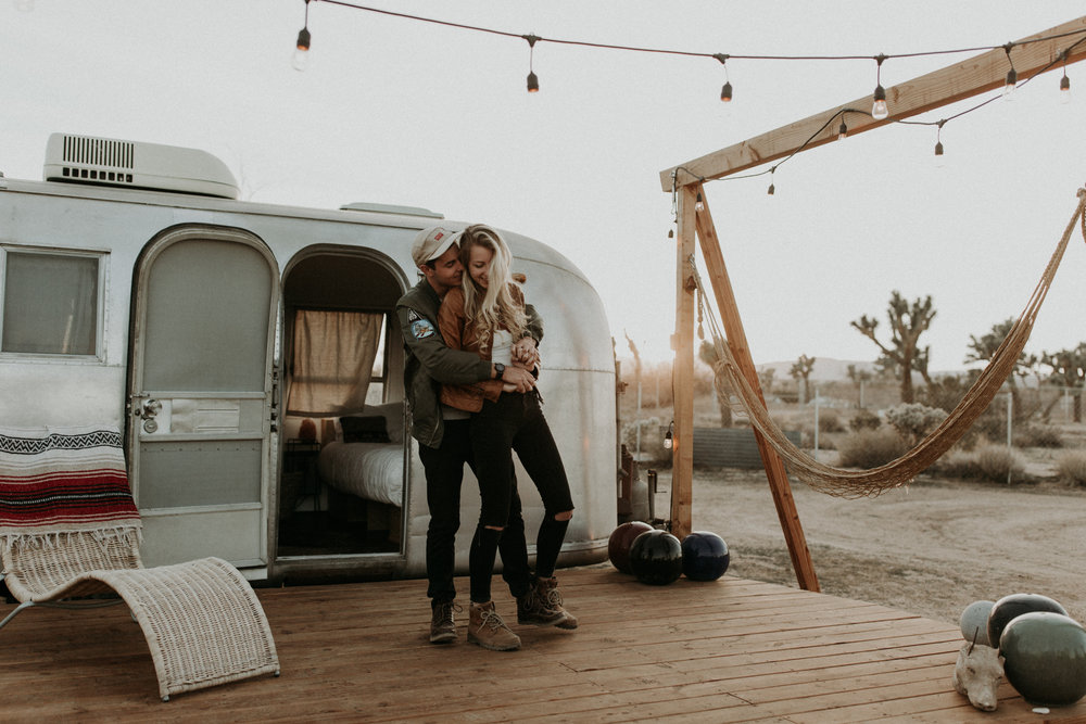 HANNAH & COLE | JOSHUA TREE ENGAGEMENT -
