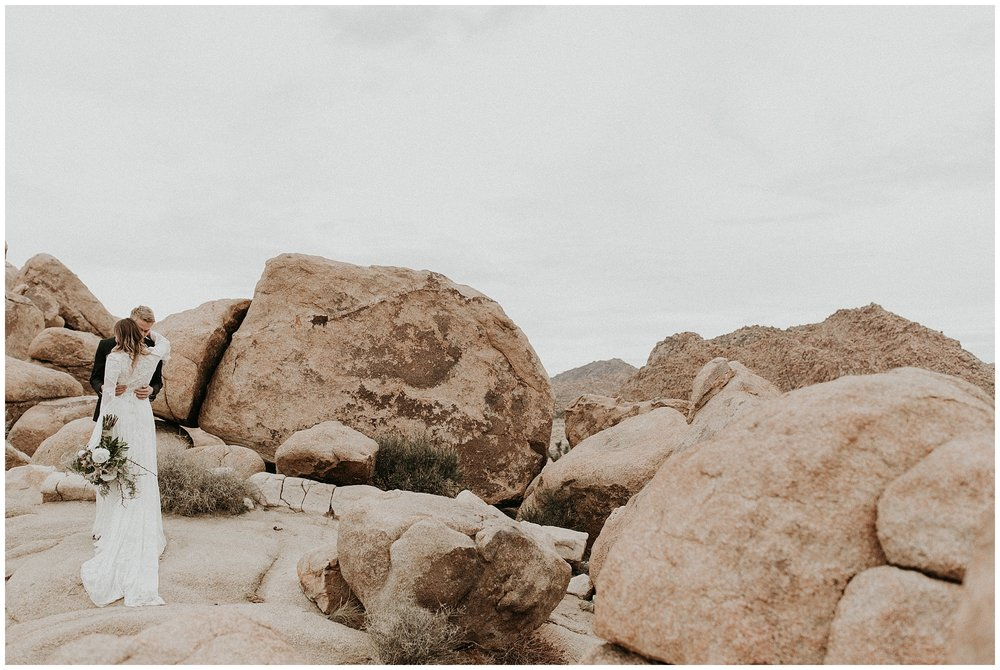 joshua tree elopement_0006.jpg