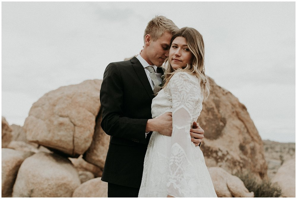 joshua tree elopement_0011.jpg