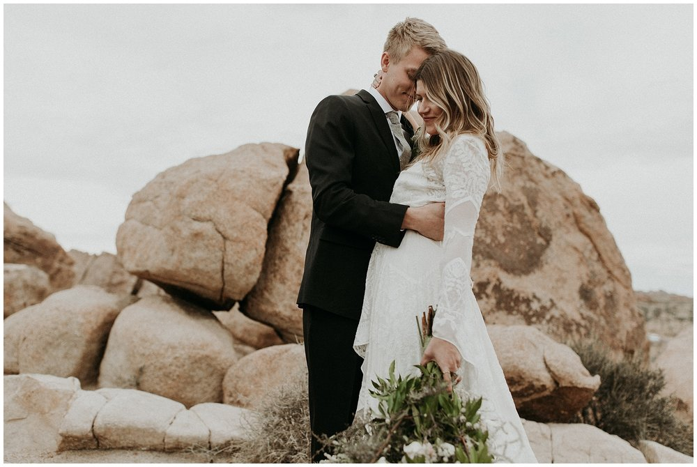 joshua tree elopement_0012.jpg