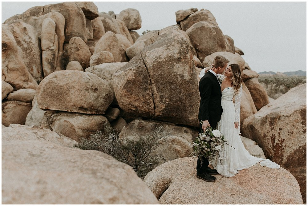 joshua tree elopement_0026.jpg