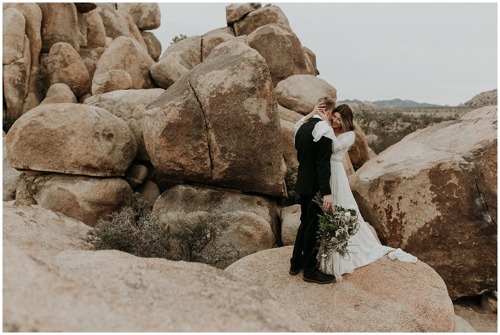 joshua tree elopement_0027.jpg