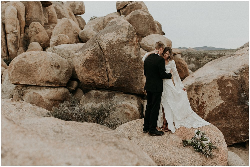 joshua tree elopement_0029.jpg