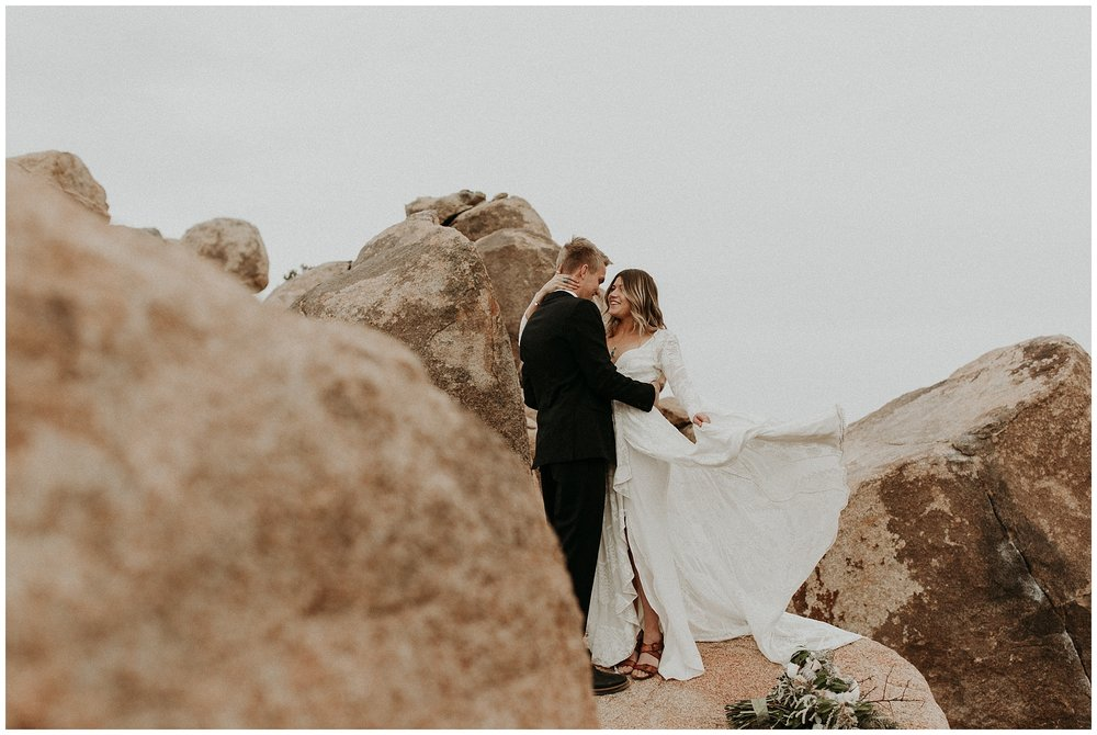 joshua tree elopement_0033.jpg
