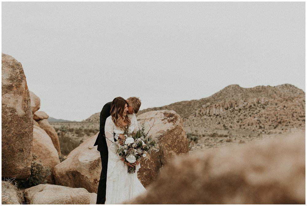 joshua tree elopement_0035.jpg