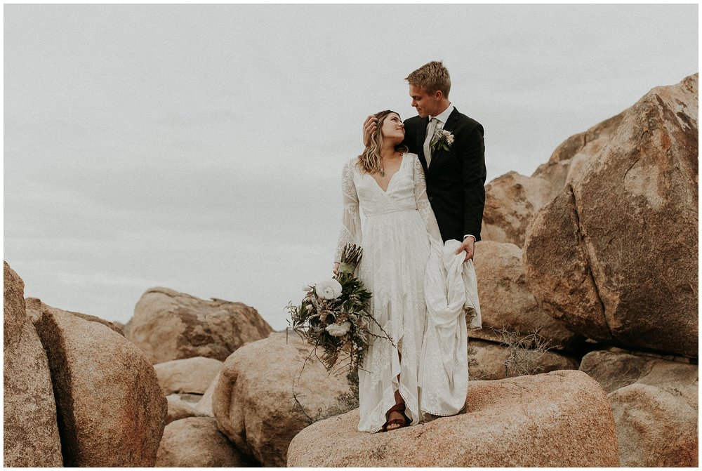 joshua tree elopement_0042.jpg