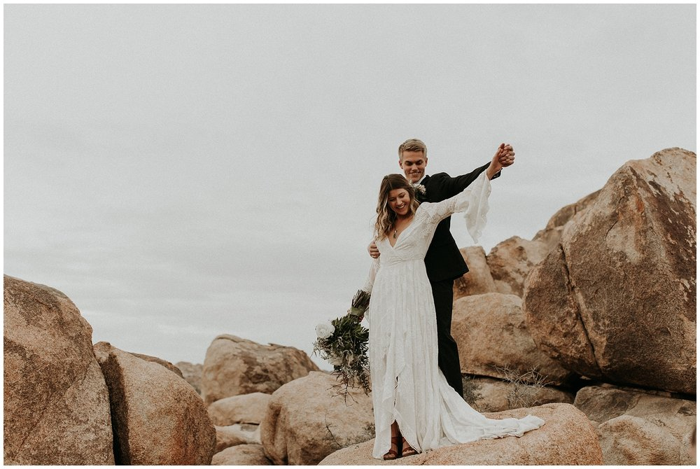 joshua tree elopement_0043.jpg