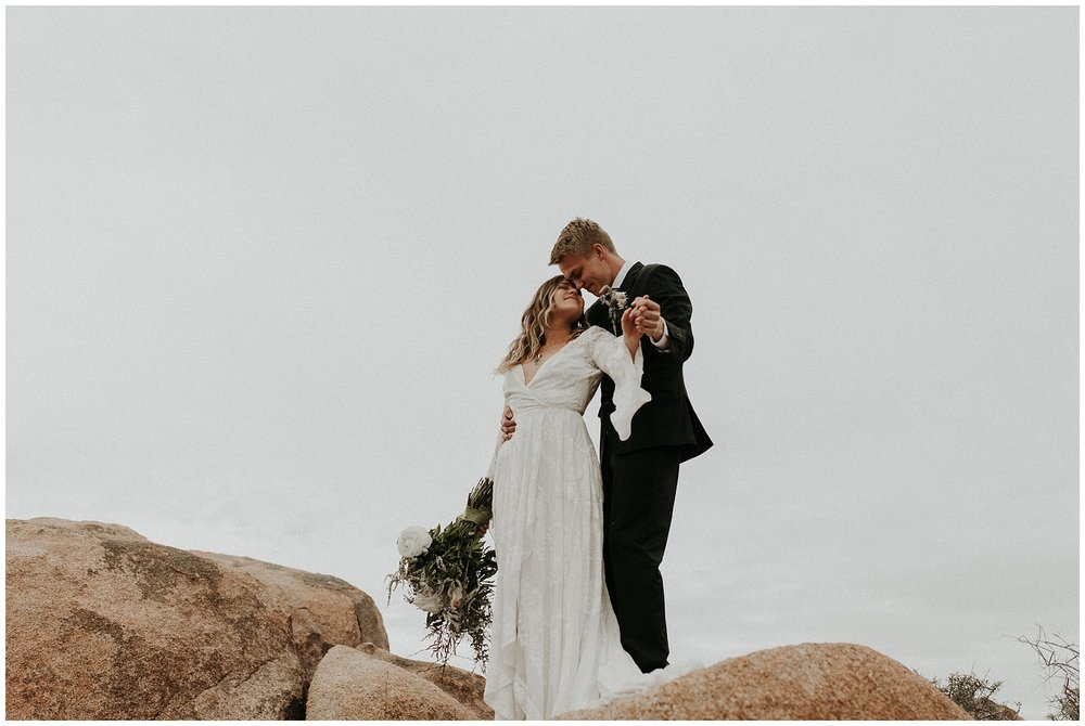 joshua tree elopement_0044.jpg