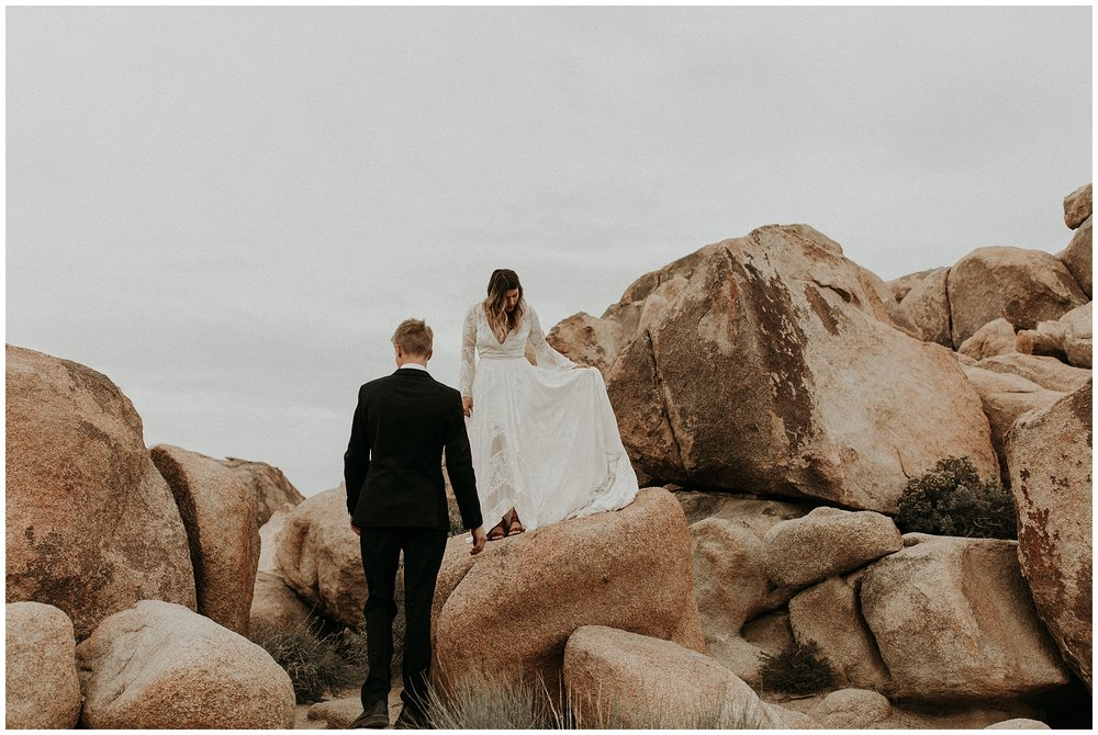 joshua tree elopement_0045.jpg