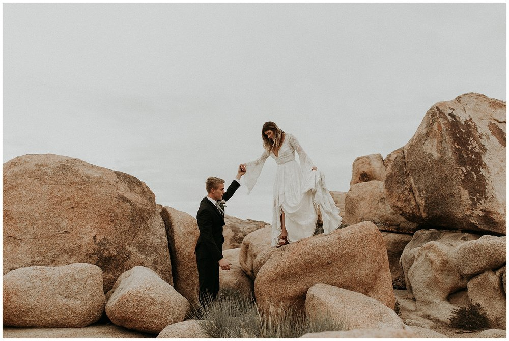 joshua tree elopement_0046.jpg