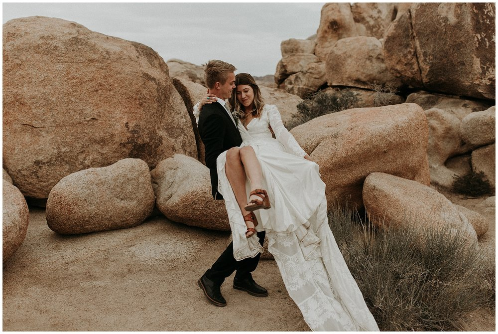 joshua tree elopement_0049.jpg