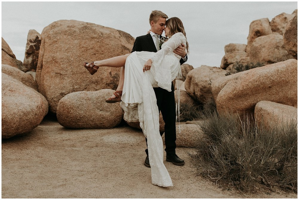 joshua tree elopement_0050.jpg