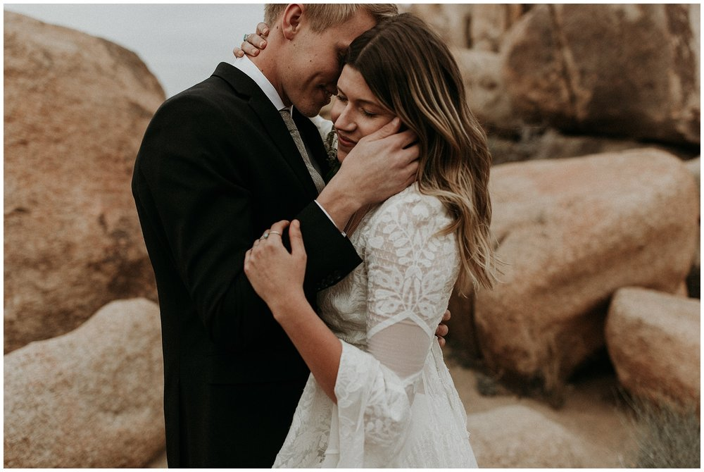 joshua tree elopement_0056.jpg