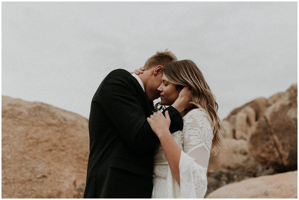 joshua tree elopement_0057.jpg