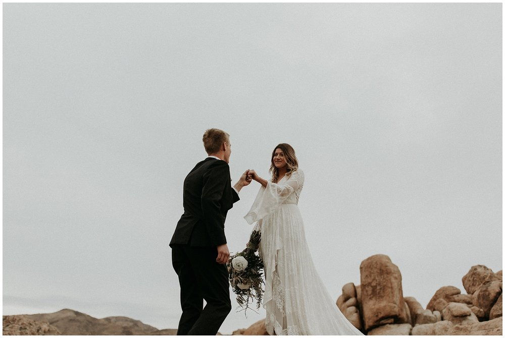 joshua tree elopement_0063.jpg