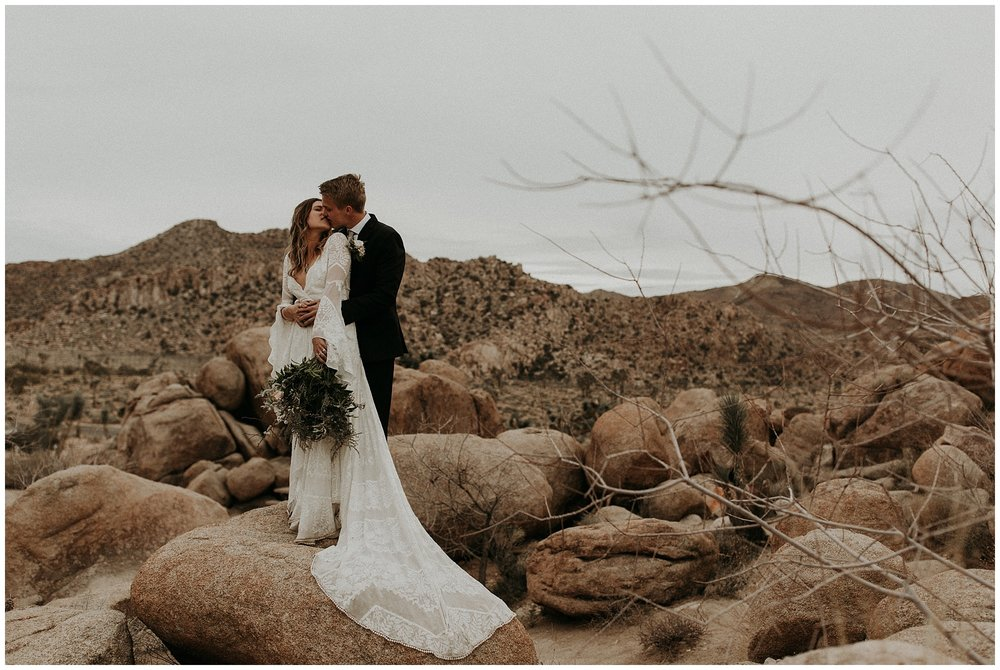 joshua tree elopement_0066.jpg