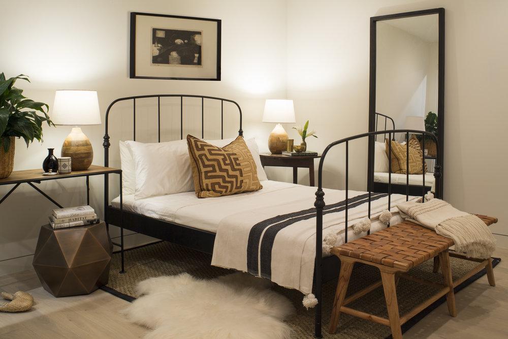 Eclectic bedroom design inspo