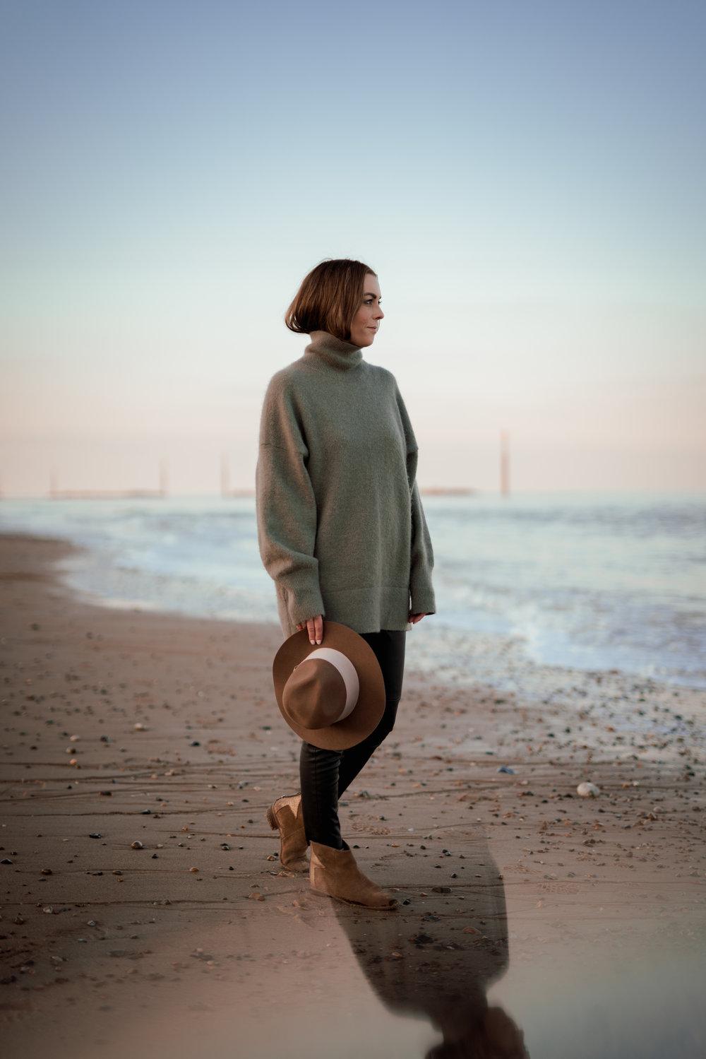 Tracey Beach-29.jpg
