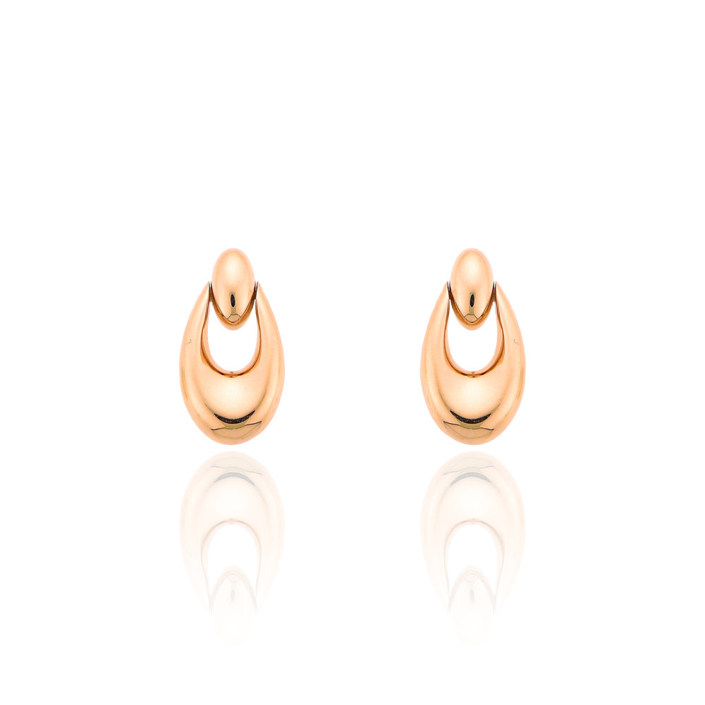 Simple, but elegant  - Beautiful, right? These earrings are the best of both worlds. I always like to include a pair that can be worn everyday, but can easily transform in to the perfect night out jewelry. They are 14k rose gold.With all these beautiful earrings I am constantly adding things to my wishlist (which you can too to make sure you get the perfect gift for any special occasion)! Click on the image for more information.