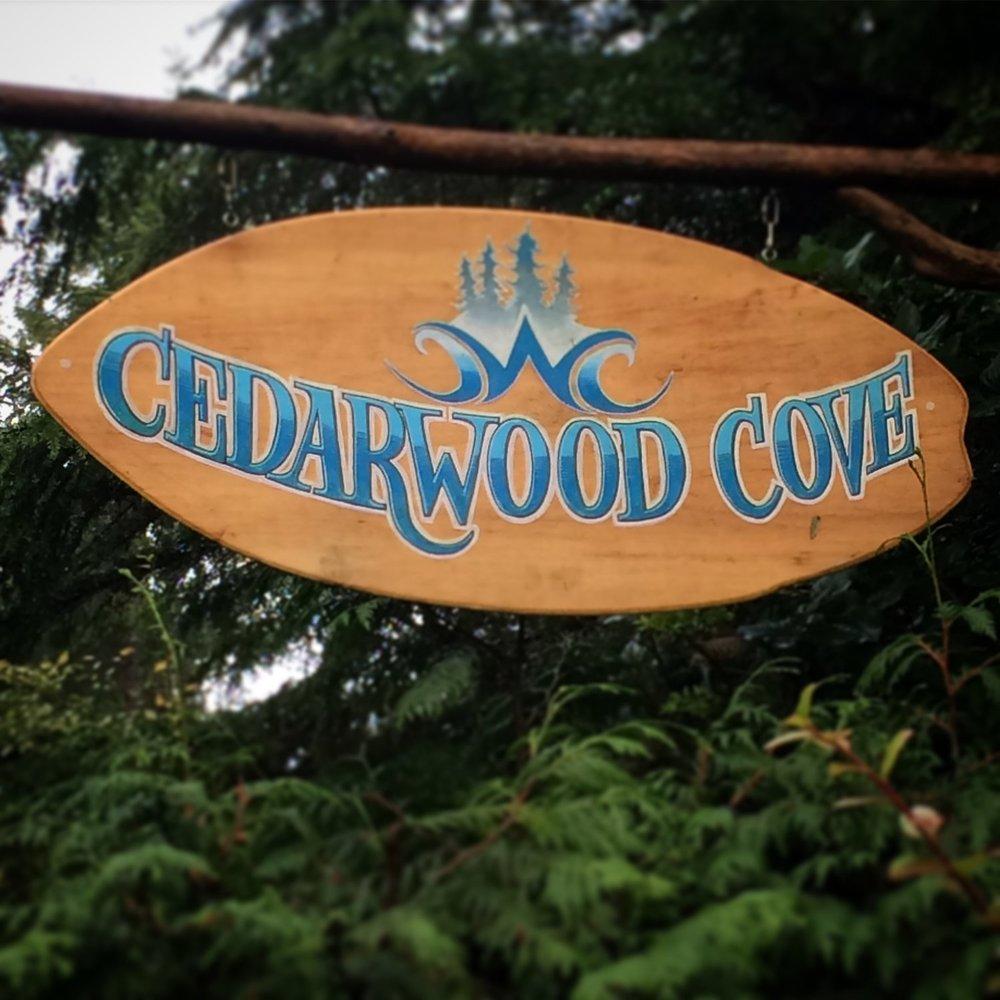 cedarwood_cove_sign.JPG