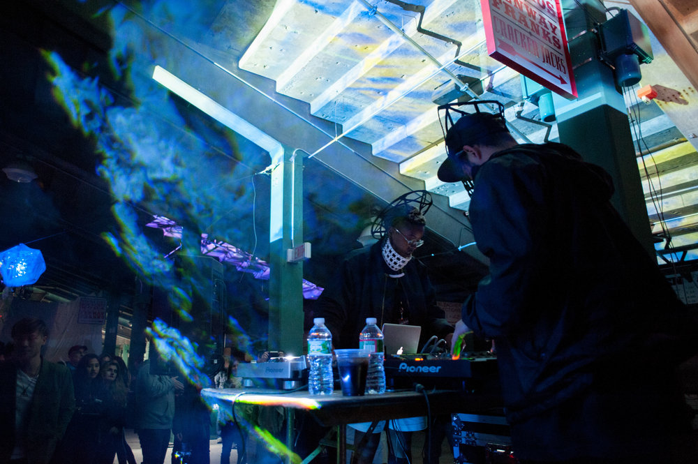 EPHEMIMORA_Marco Gomez & Yulan Grant_Illuminus 2015_Photo by Tina Tian_1.jpg