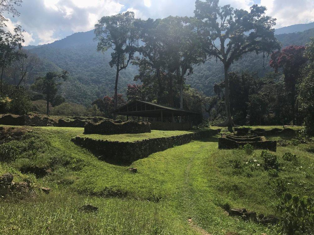 The entrance to Espiritu Pampa.JPG
