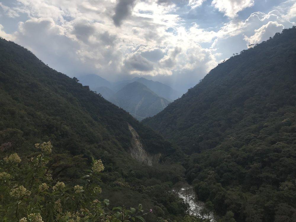 The valley in the Vilcabama leading down towards Espiritu Pampa.JPG