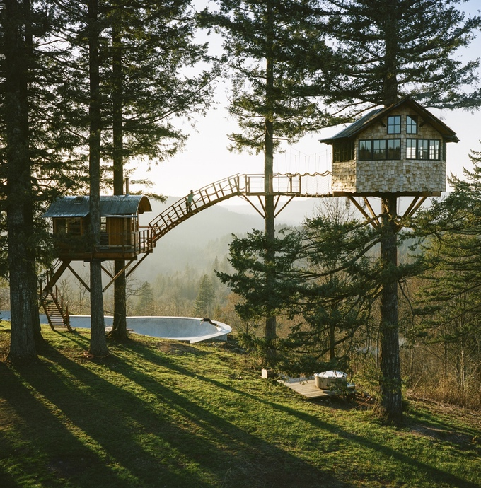 Foster Huntington's Cinder Cone Treehouse