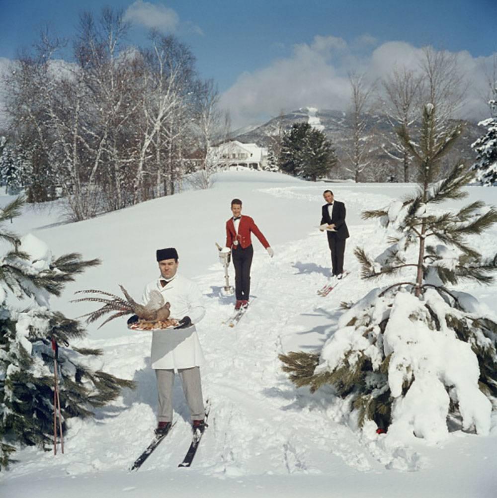Undercurrent_Skiing_Waiters_z.jpg
