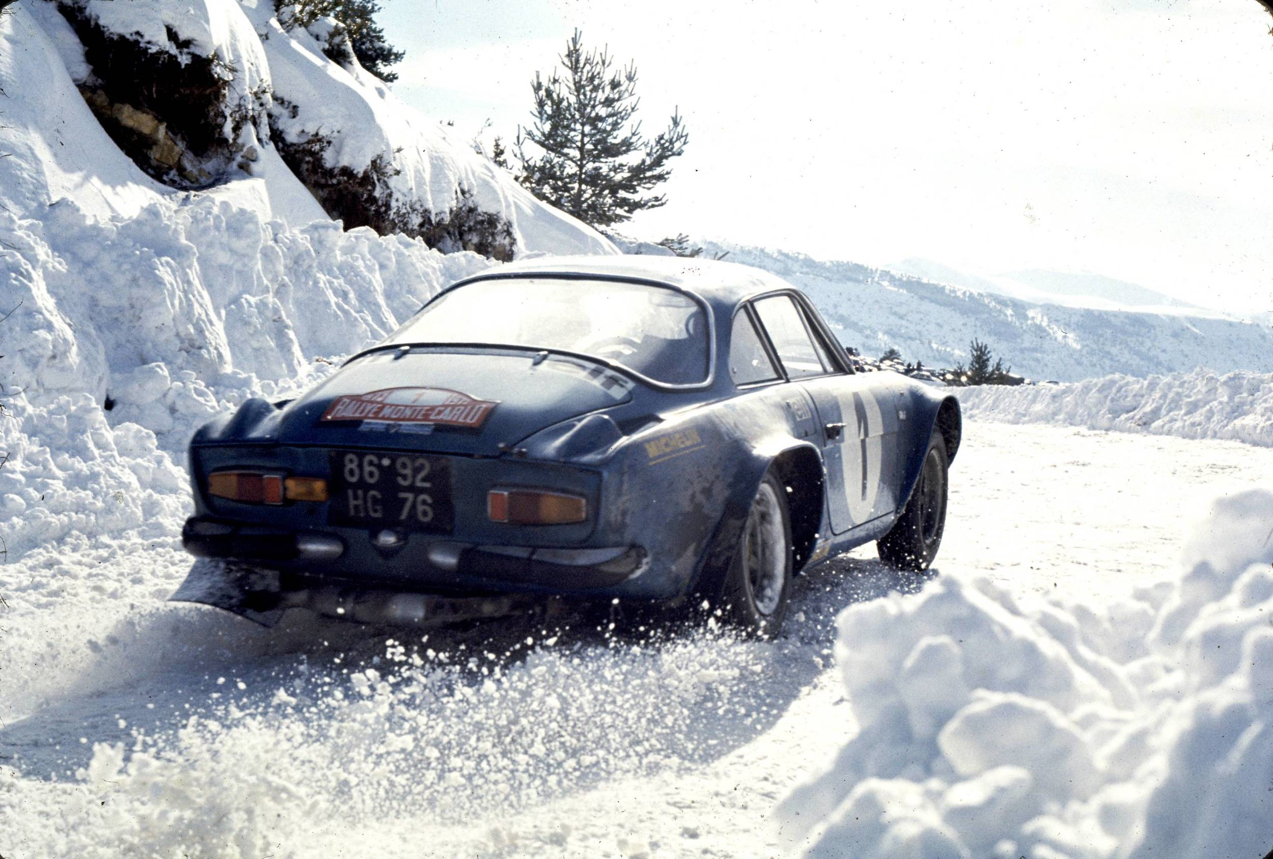 The Classic Cars Of Vintage Ski The Journal Alps Meters - Classic sports cars