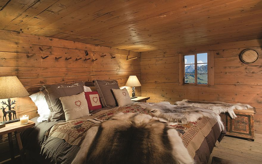 csm_Hotel_Gstaad_Palace_Walig_Hütte_Schlafzimmer_3ab408f0c8.jpg