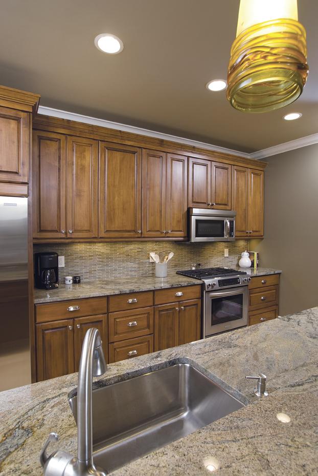 kitchen-sink-to-stove_resized.jpg