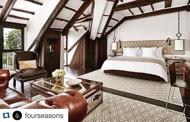Sneak peek of our latest proyect 🙈  #Repost @fourseasons with @repostapp. ・・・ A new chapter emerges in the storied history of Bogota. #FourSeasons #Bogota Casa Medina, now accepting reservations for October 2015: http://bit.ly/CMBogota.
