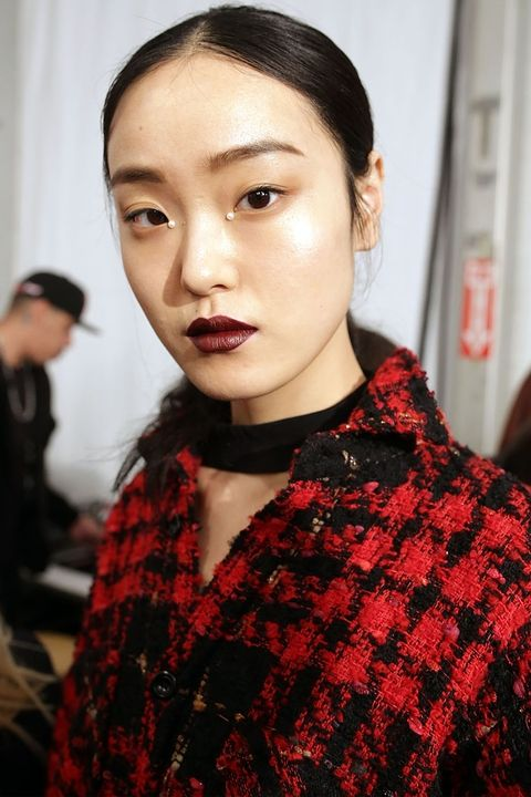 Fall 2017 Beauty Trends Plum Lips.jpg
