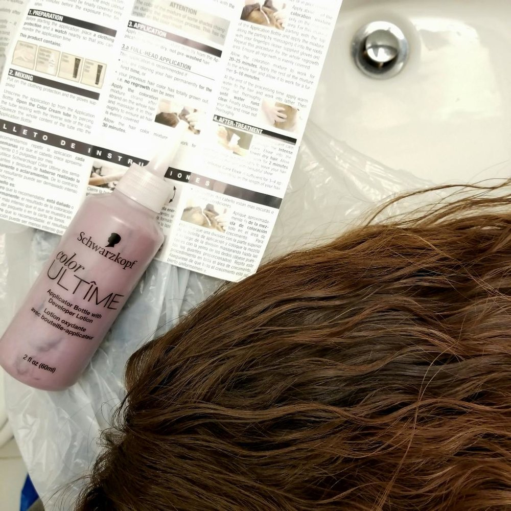 Schwarzkopf Color Ultimate Application Step 1.jpg