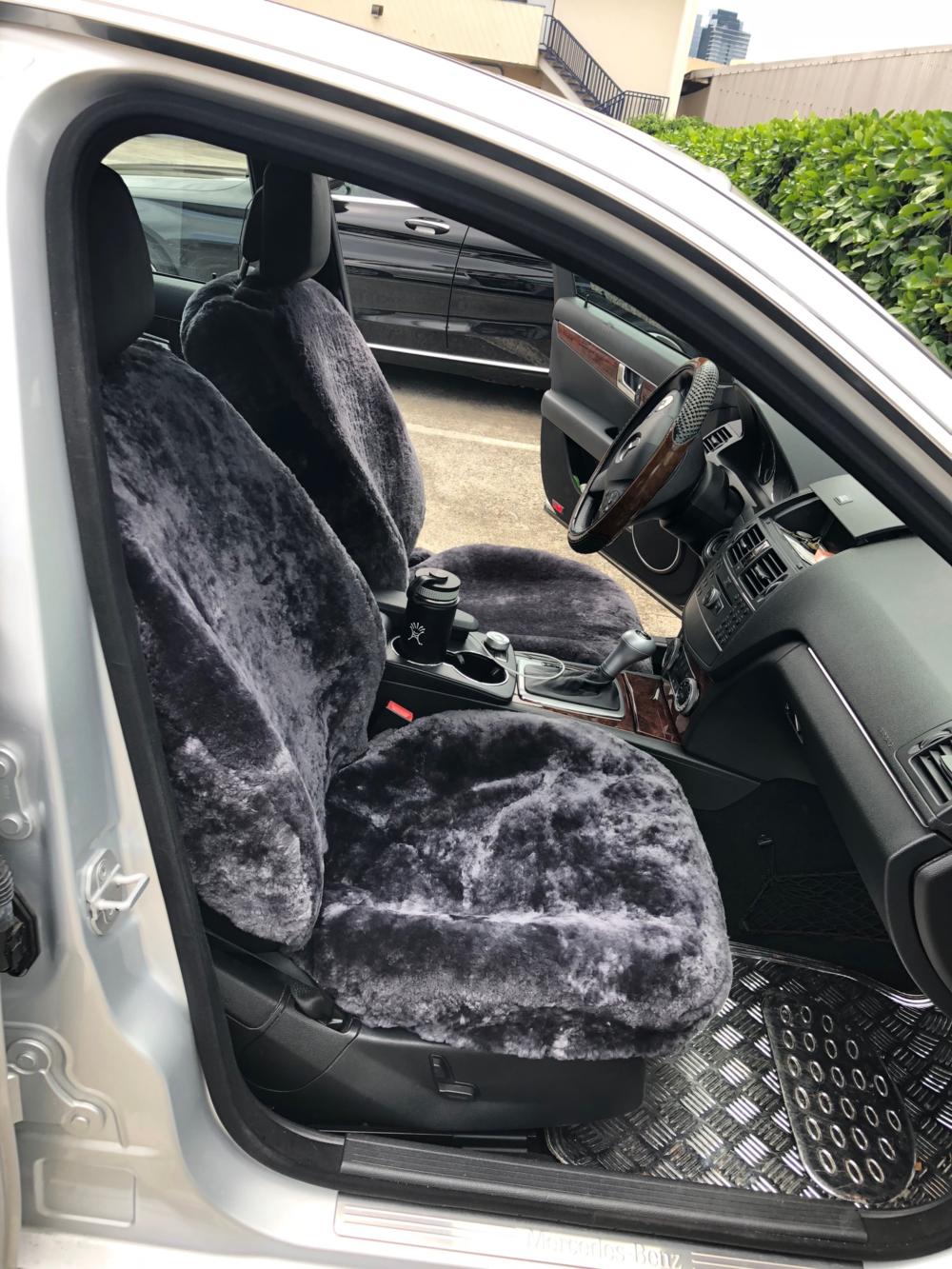 Mercedes Sedan (Charcoal)