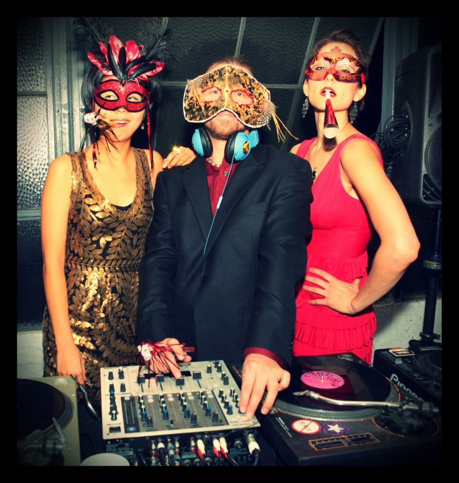 masquerade ball new years eve