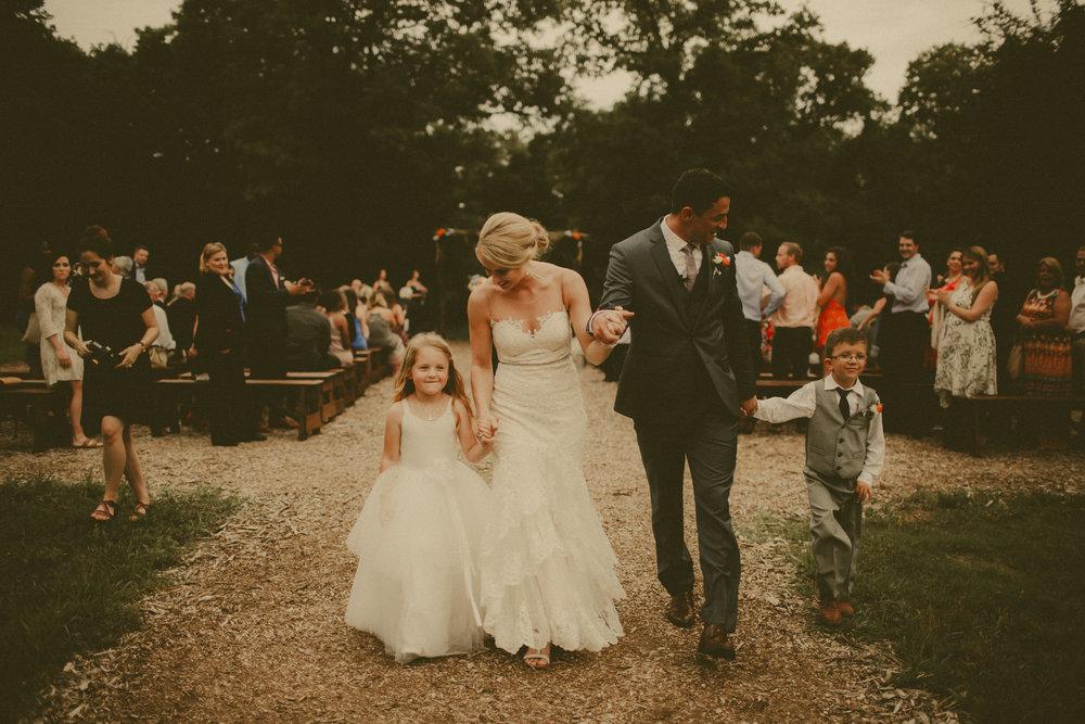 katmalonephoto_the_grove_denton_wedding_200.jpg