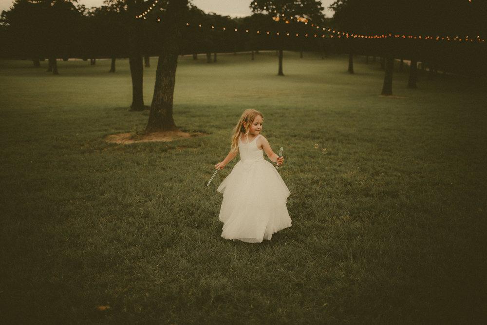 katmalonephoto_the_grove_denton_wedding_207.jpg