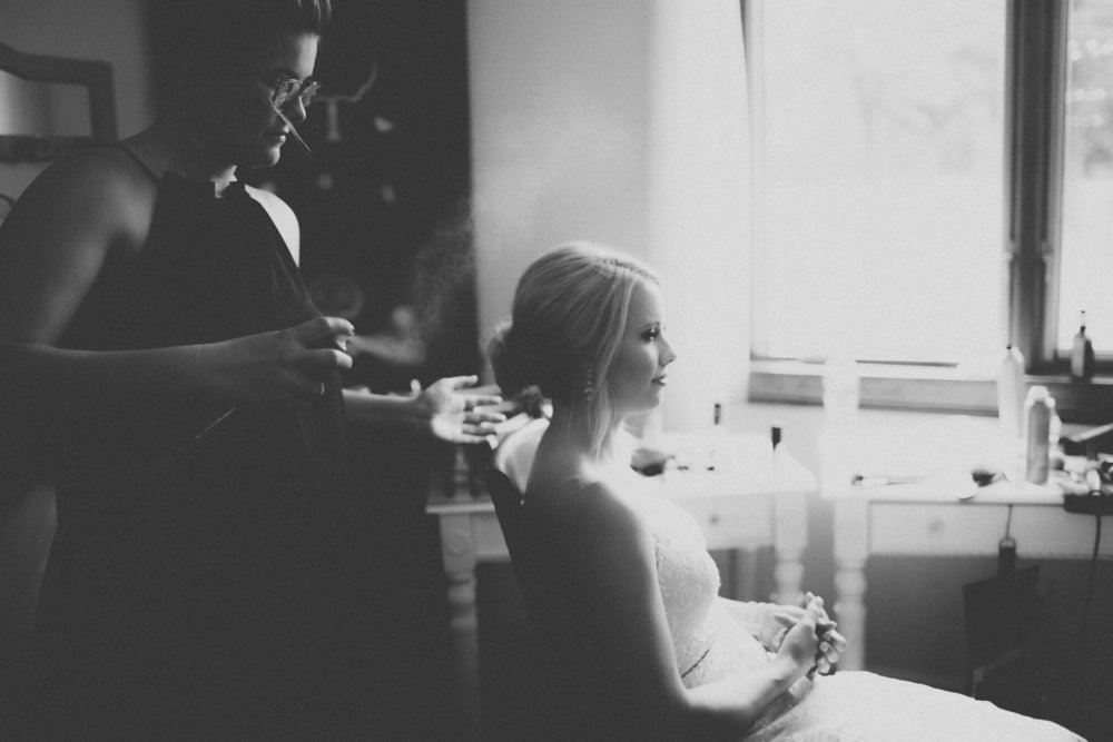 katmalonephoto_the_grove_denton_wedding_017.jpg