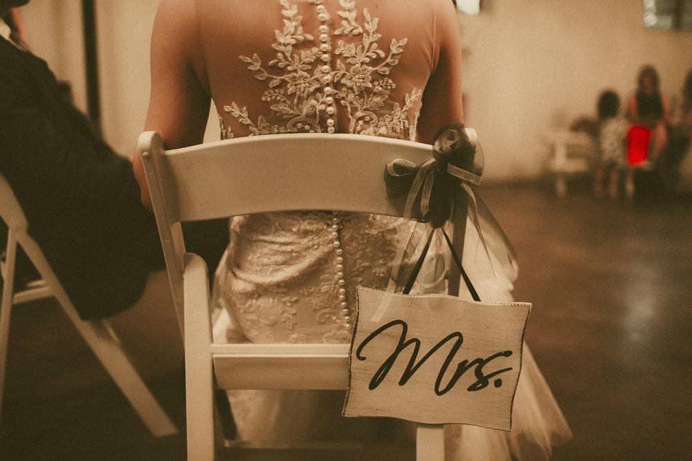katmalonephoto_the_grove_denton_wedding_240.jpg