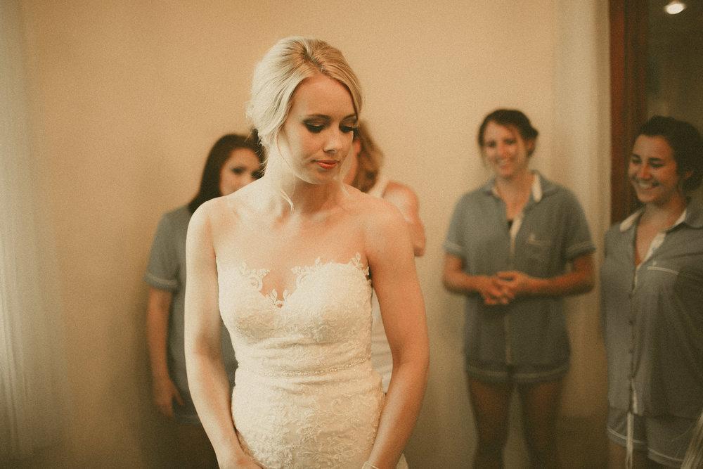 katmalonephoto_the_grove_denton_wedding_029.jpg