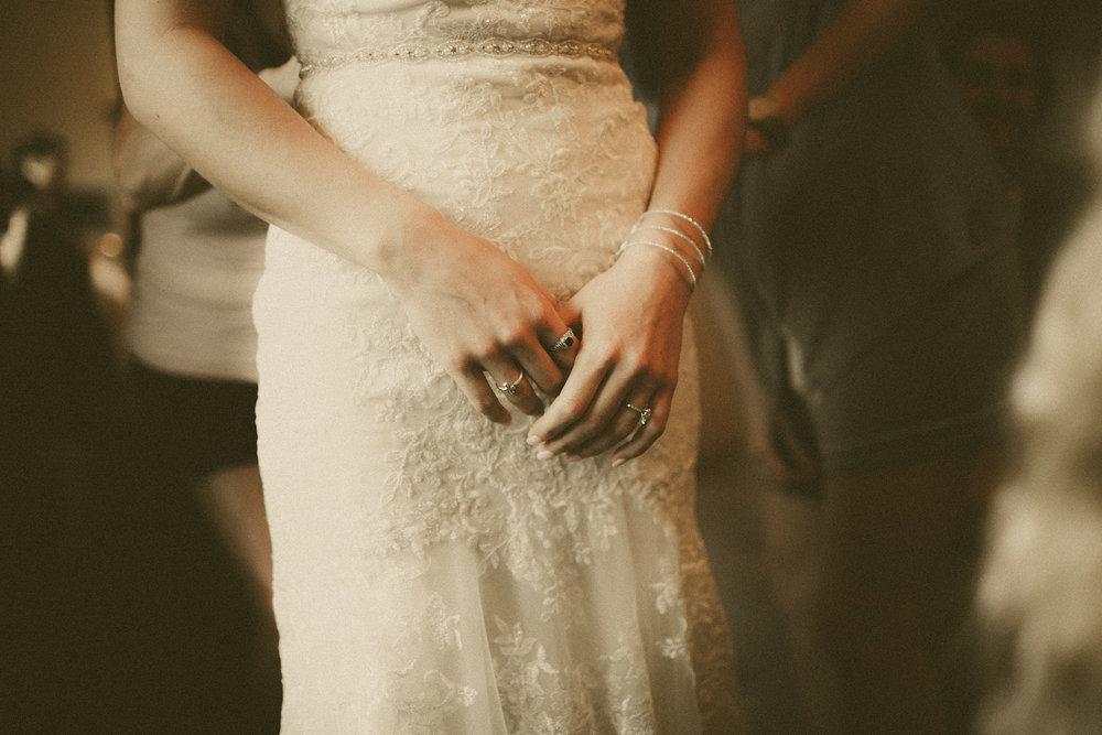 katmalonephoto_the_grove_denton_wedding_032.jpg