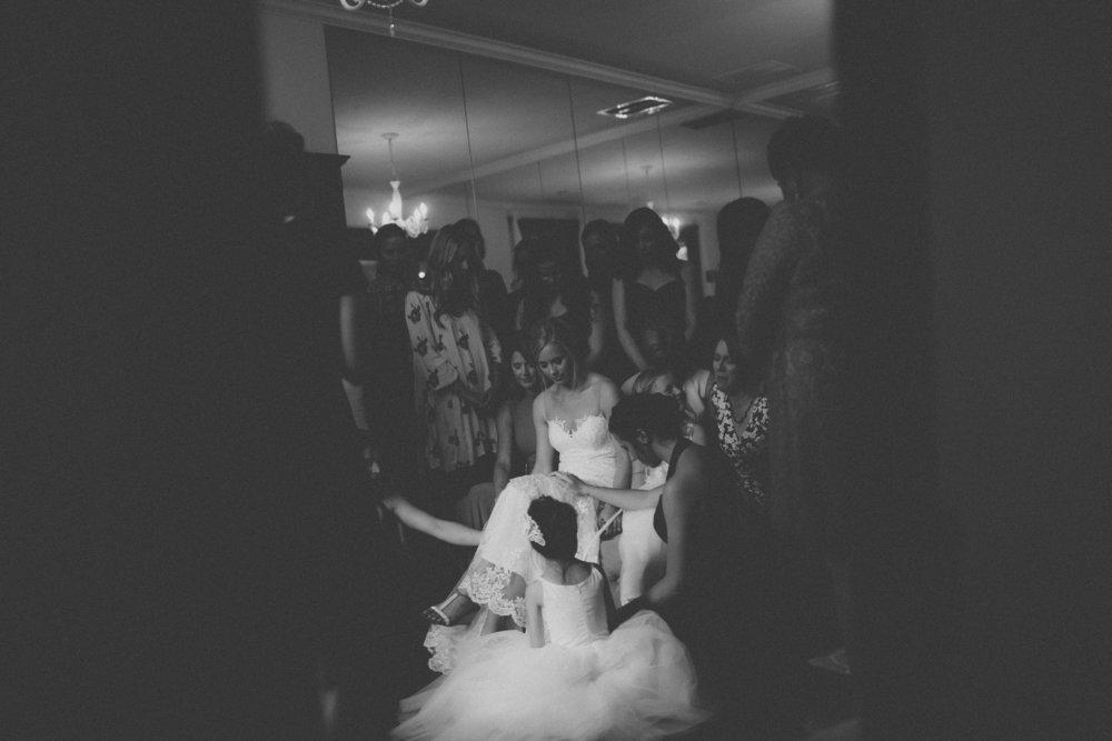 katmalonephoto_the_grove_denton_wedding_035.jpg