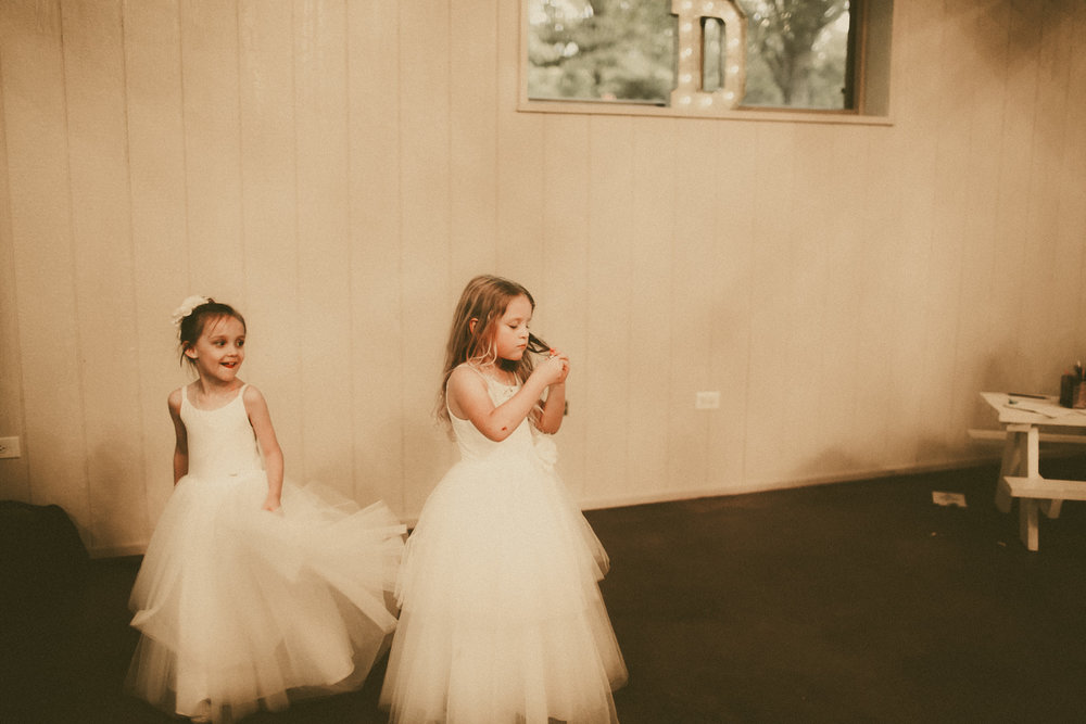 katmalonephoto_the_grove_denton_wedding_256.jpg