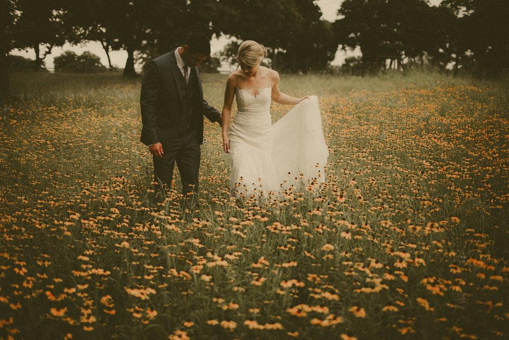 katmalonephoto_the_grove_denton_wedding_038.jpg