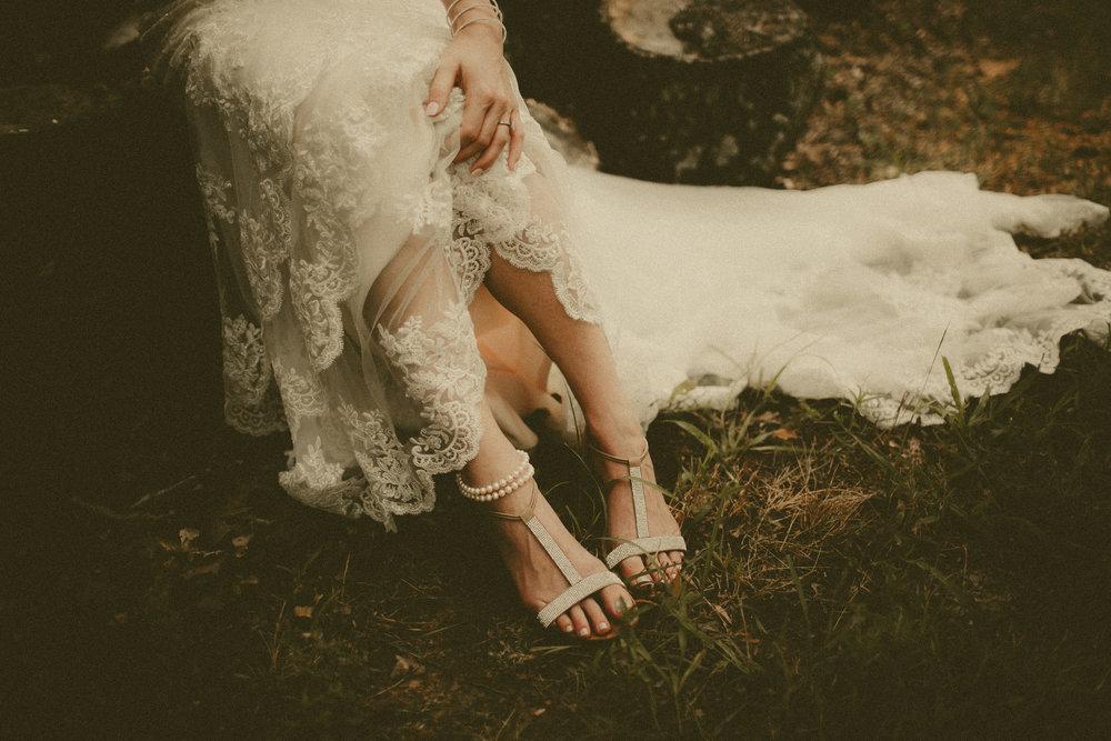 katmalonephoto_the_grove_denton_wedding_042.jpg