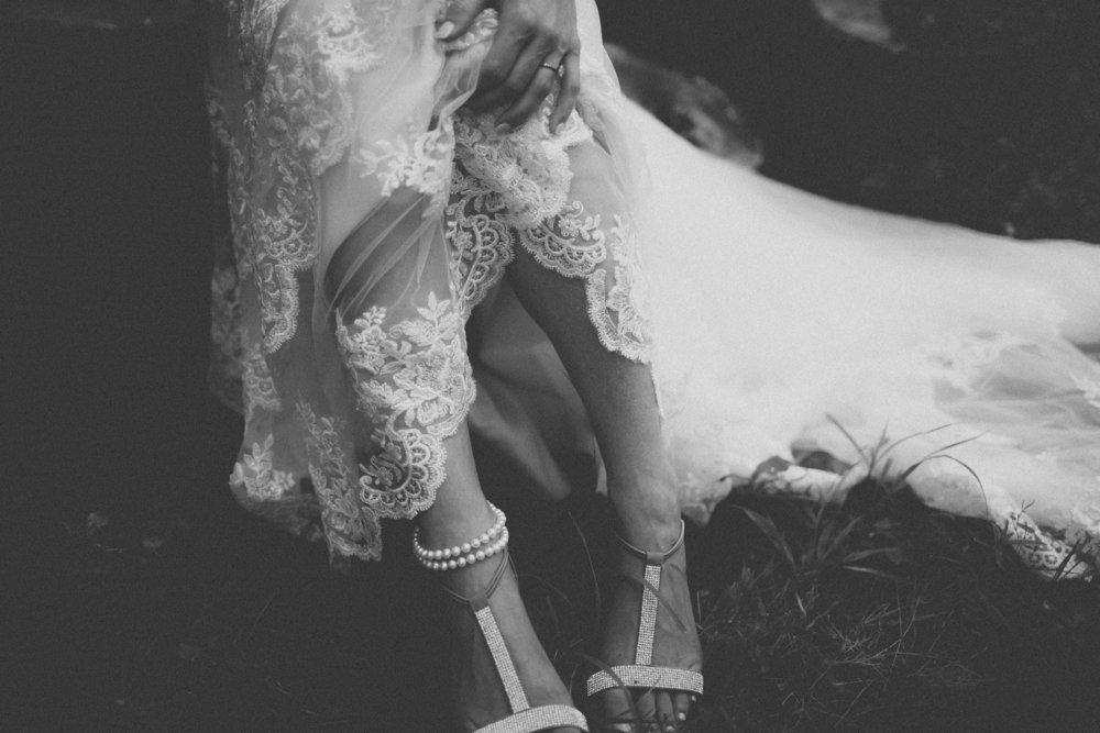 katmalonephoto_the_grove_denton_wedding_077.jpg