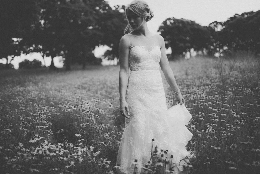 katmalonephoto_the_grove_denton_wedding_090.jpg