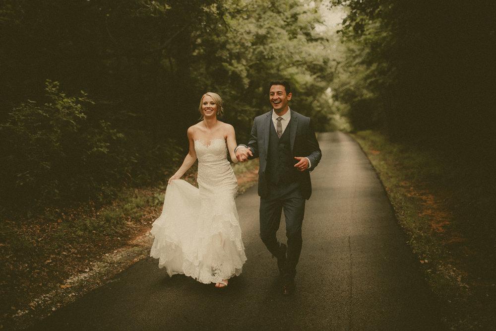 katmalonephoto_the_grove_denton_wedding_095.jpg
